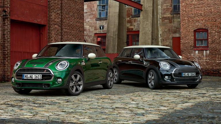 MINI 60 years Edition - 3 Türer im neuen British Racing Green - 5 Türer in Schwarz